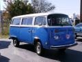 White/Blue - Bus T2 Transporter Photo No. 32