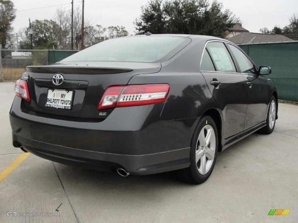 Magnetic Gray Metallic 2011 Toyota Camry Se Exterior Photo