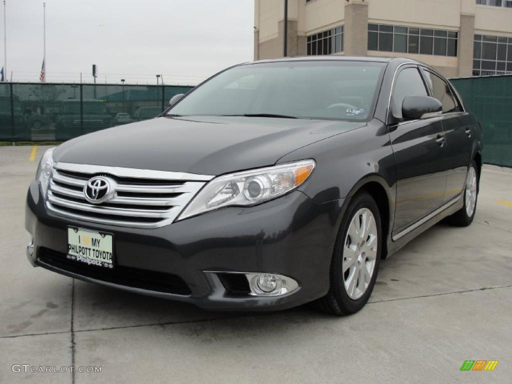 magnetic gray metallic 2011 toyota avalon standard avalon. Black Bedroom Furniture Sets. Home Design Ideas