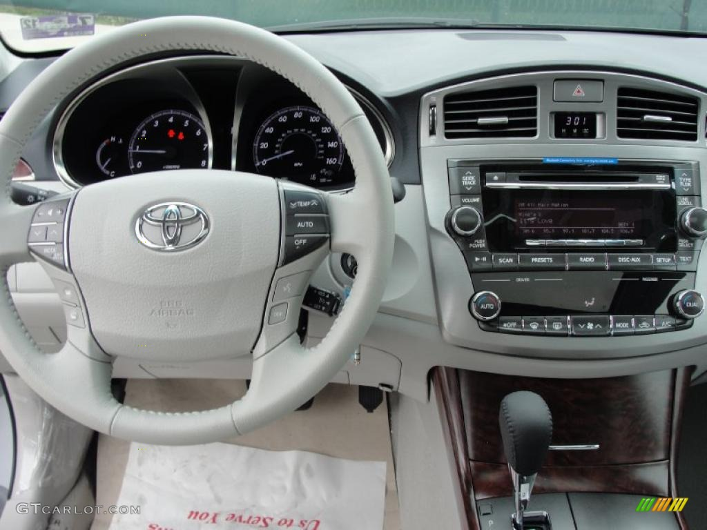 2011 toyota avalon standard avalon model light gray dashboard photo 42794165 gtcarlot com gtcarlot com