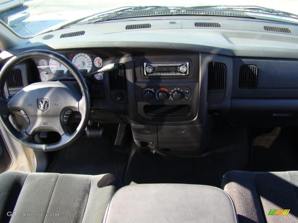 2002 Ram 1500 ST Quad Cab - Bright Silver Metallic / Dark Slate Gray photo #15