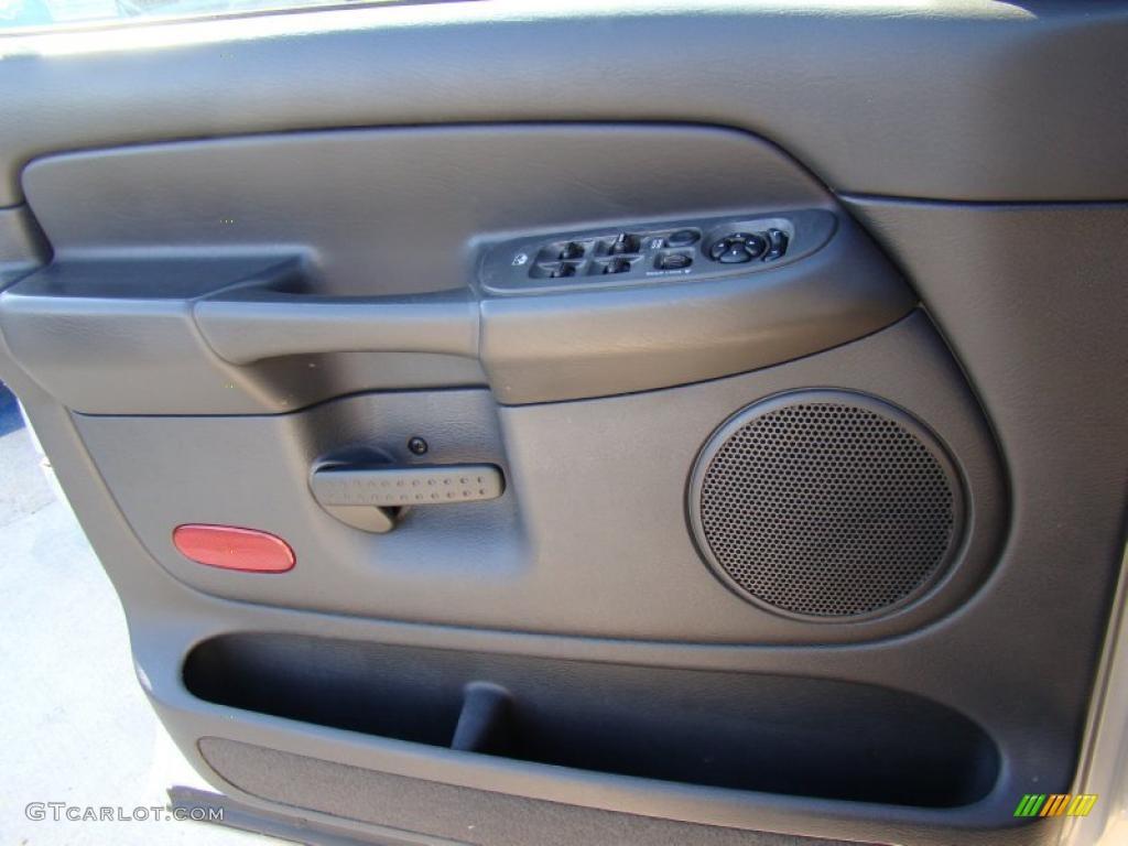2002 Ram 1500 ST Quad Cab - Bright Silver Metallic / Dark Slate Gray photo #18