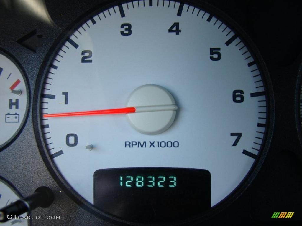 2002 Ram 1500 ST Quad Cab - Bright Silver Metallic / Dark Slate Gray photo #25