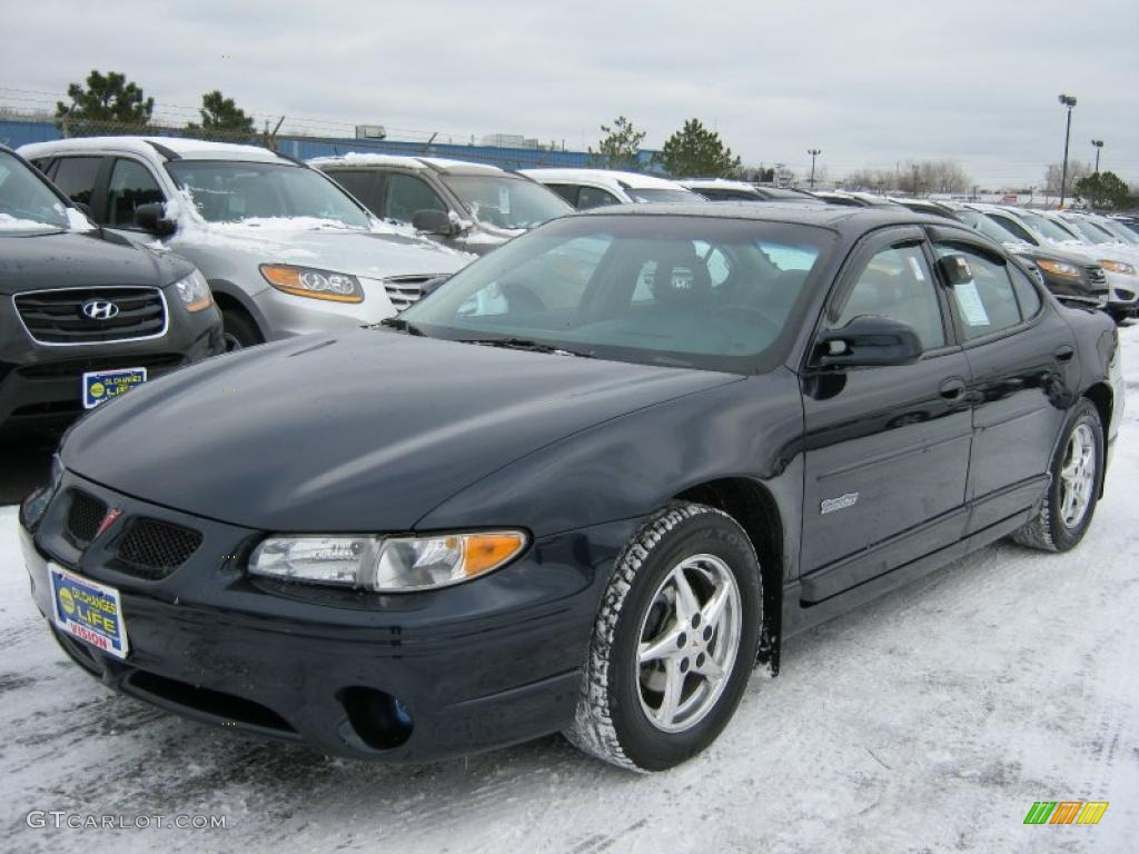 blue black metallic 2003 pontiac grand prix gtp sedan. Black Bedroom Furniture Sets. Home Design Ideas