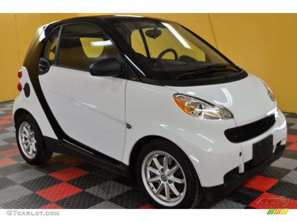 2009 crystal white smart fortwo passion coupe 42809445. Black Bedroom Furniture Sets. Home Design Ideas