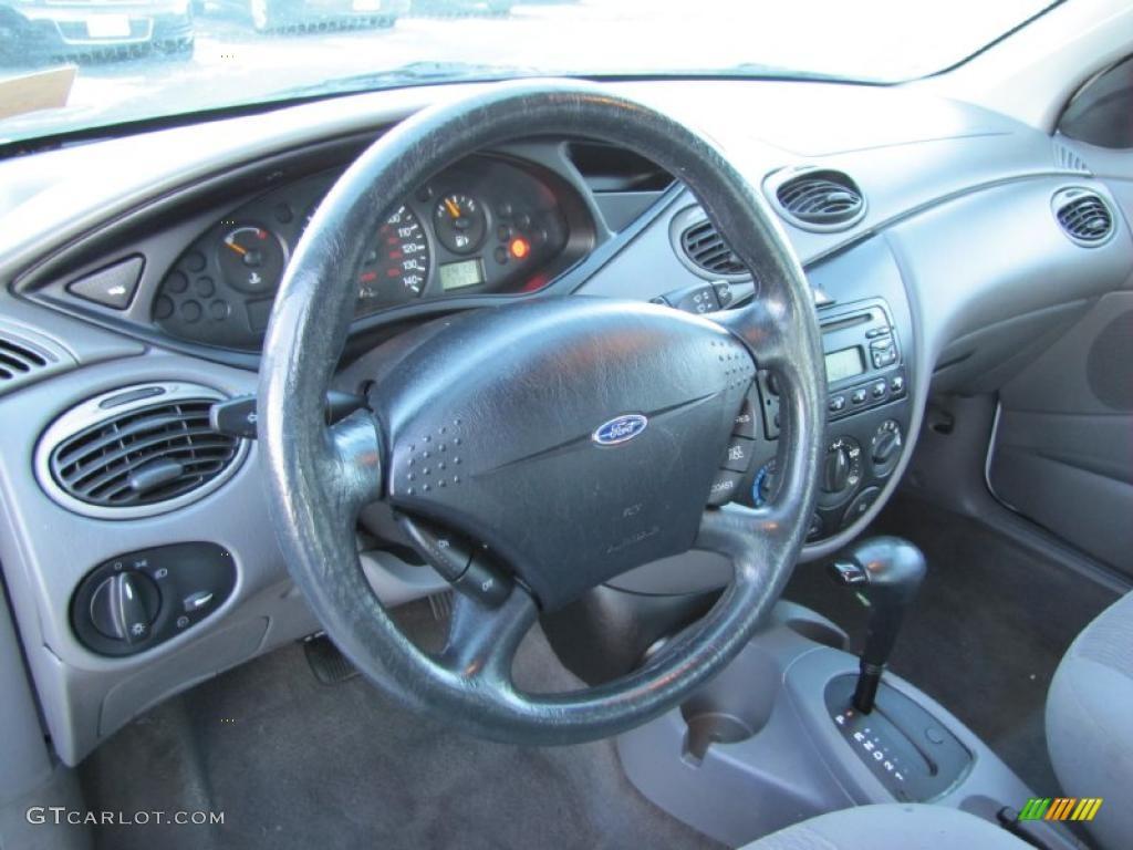 Medium Graphite Grey Interior 2001 Ford Focus Se Sedan Photo
