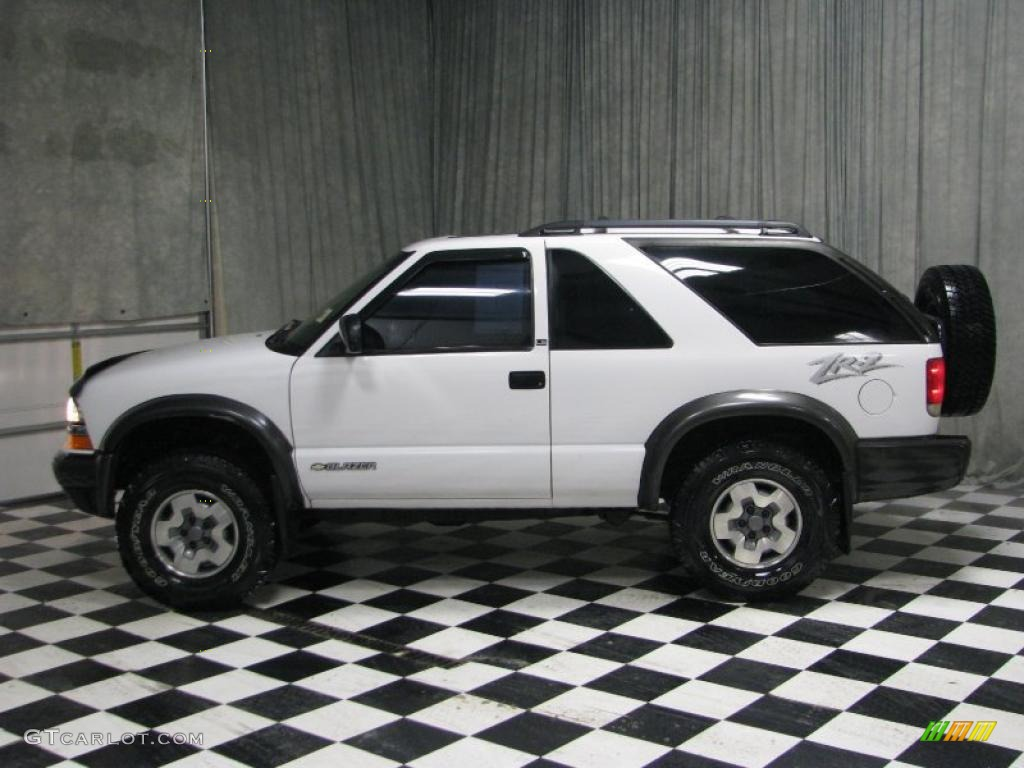 Summit White Chevrolet Blazer