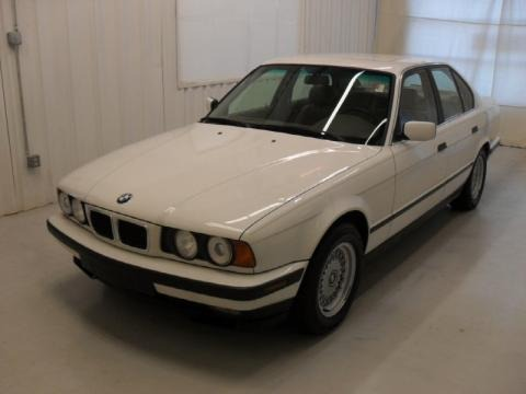 1994 bmw 5 series 540i sedan data info and specs. Black Bedroom Furniture Sets. Home Design Ideas