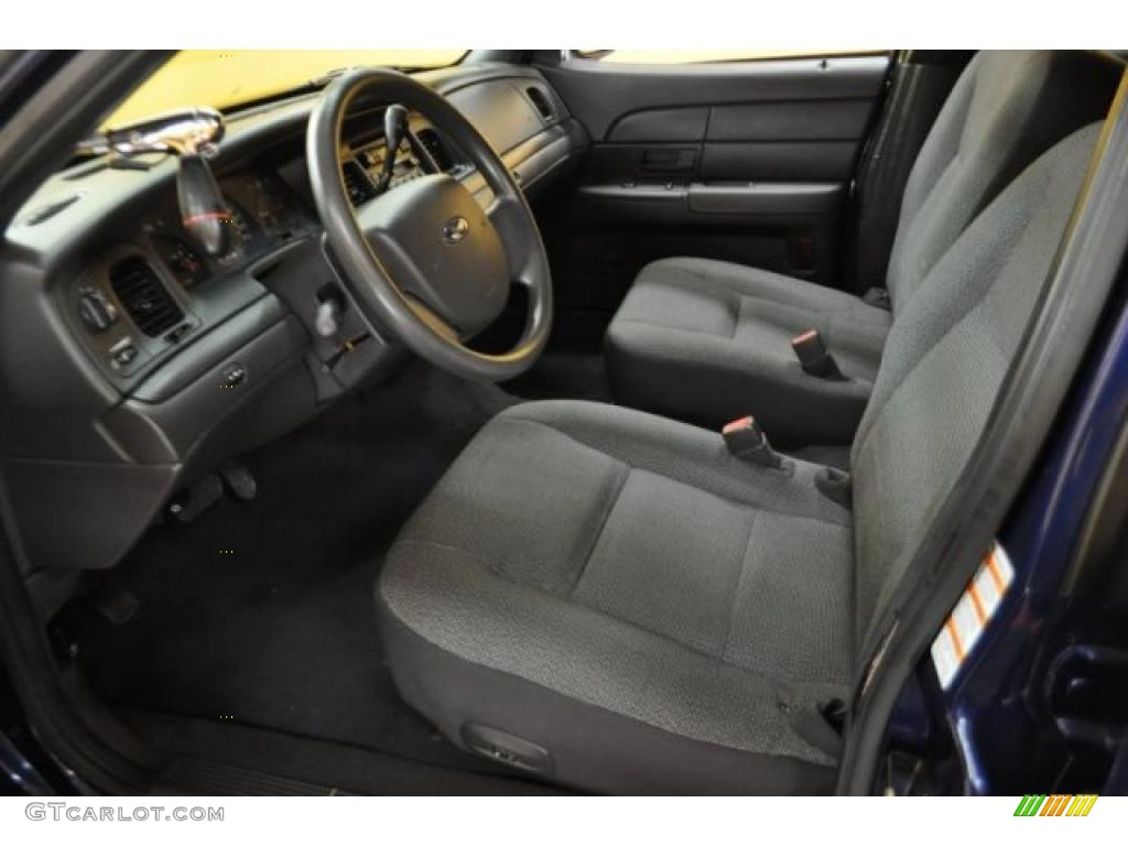 Dark Charcoal Interior 2005 Ford Crown Victoria Police Interceptor Photo 42969737