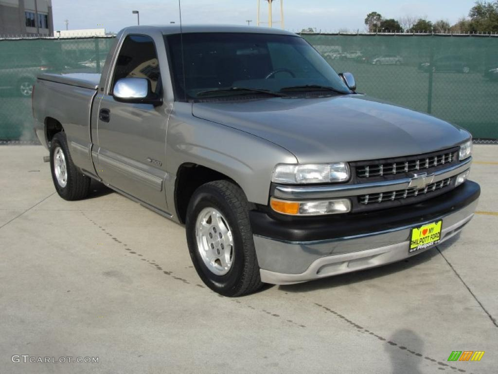 2002 Silverado 1500 LS Regular Cab - Light Pewter Metallic / Graphite Gray photo #1