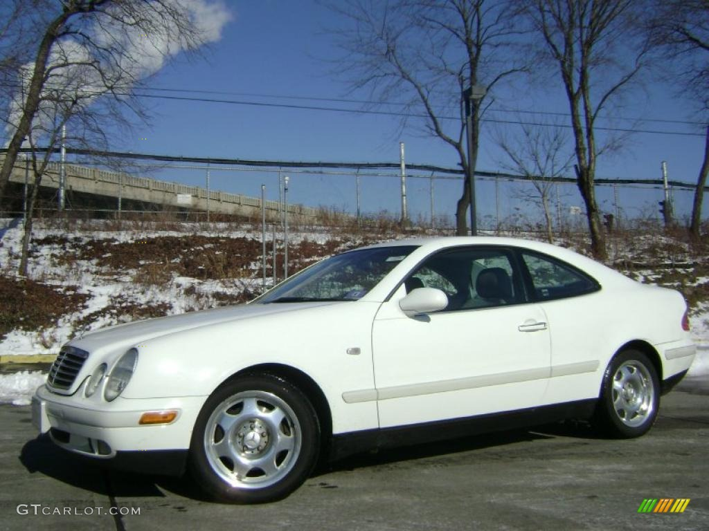 glacier white 1999 mercedes benz clk 320 coupe exterior photo 43019863. Black Bedroom Furniture Sets. Home Design Ideas