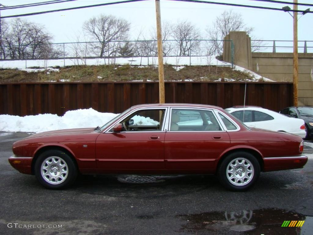 Carnival red 2000 jaguar xj xj8 exterior photo 43091996 for Jaguar xj exterior
