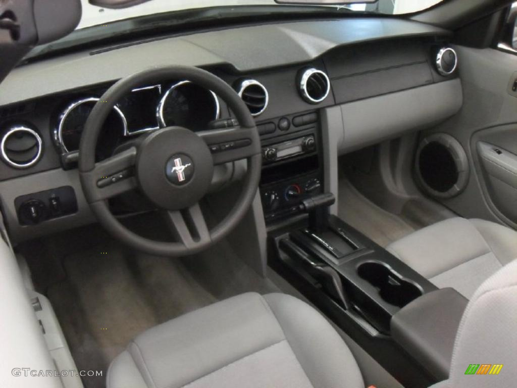 light graphite interior 2005 ford mustang v6 deluxe convertible photo 43158289. Black Bedroom Furniture Sets. Home Design Ideas