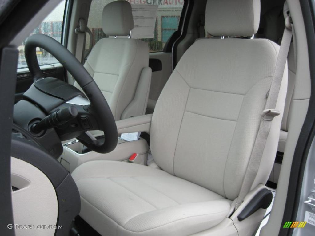 Black Light Graystone Interior 2011 Dodge Grand Caravan Mainstreet Photo 43210290