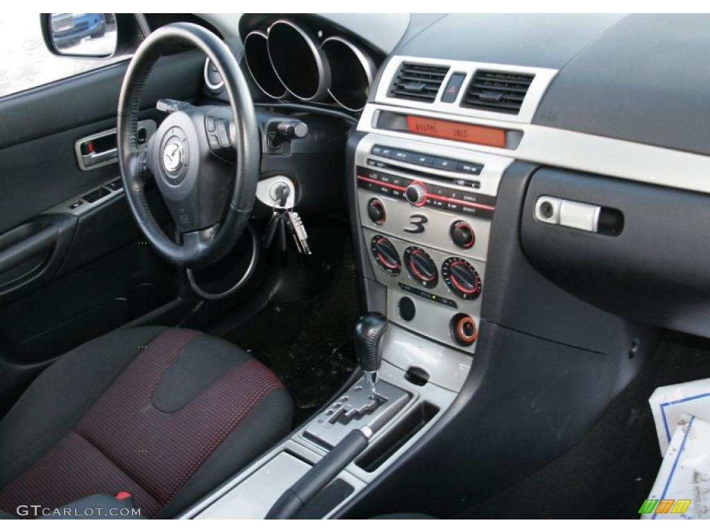 2004 mazda mazda3 s hatchback interior photo 43336912. Black Bedroom Furniture Sets. Home Design Ideas