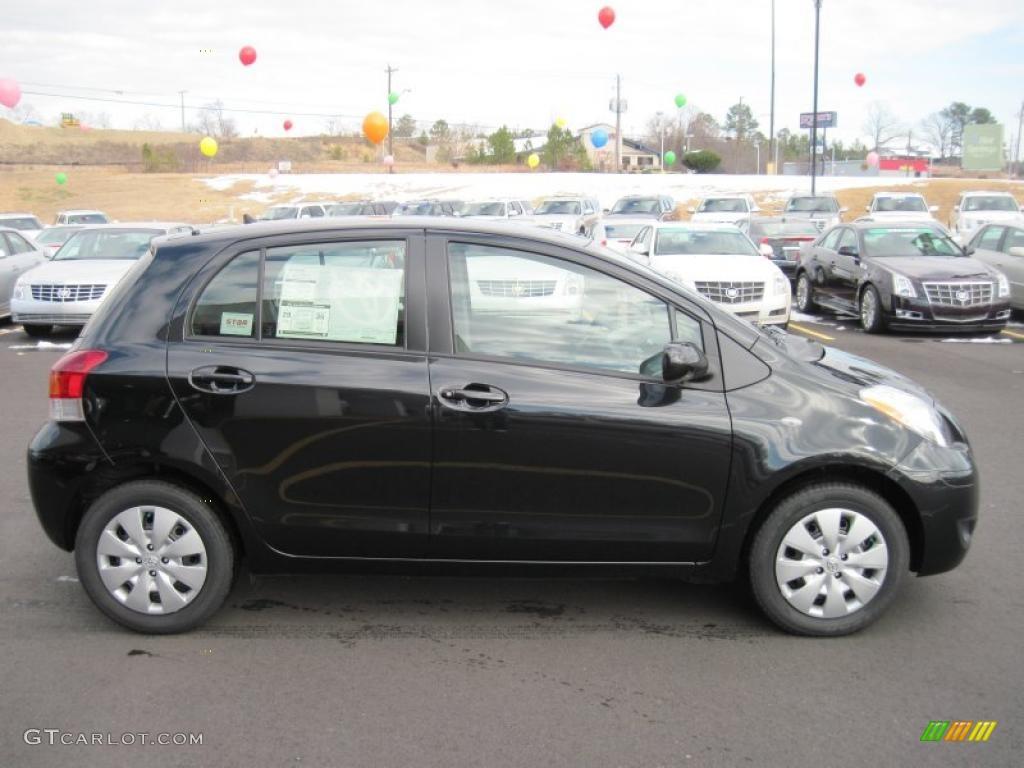 Kelebihan Kekurangan Toyota Yaris 2011 Review