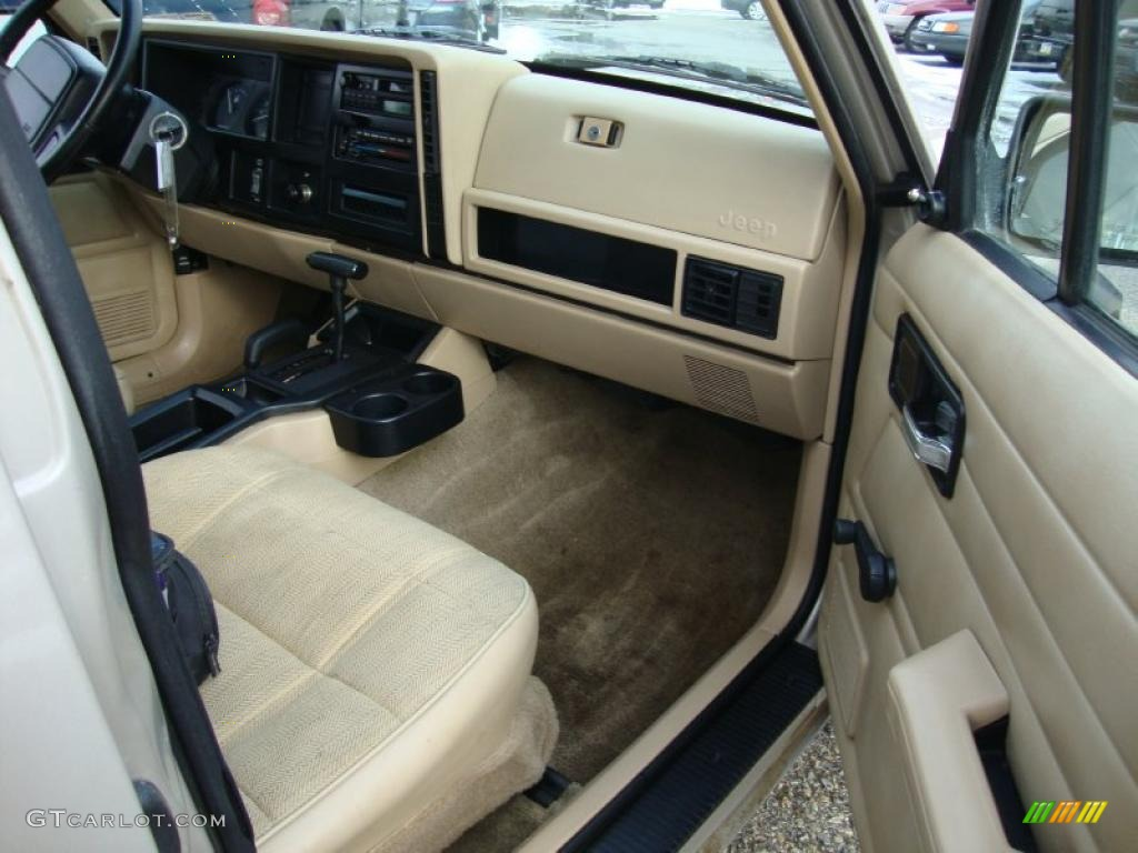 Tan interior 1996 jeep cherokee se 4wd photo 43371076 1993 jeep grand cherokee interior