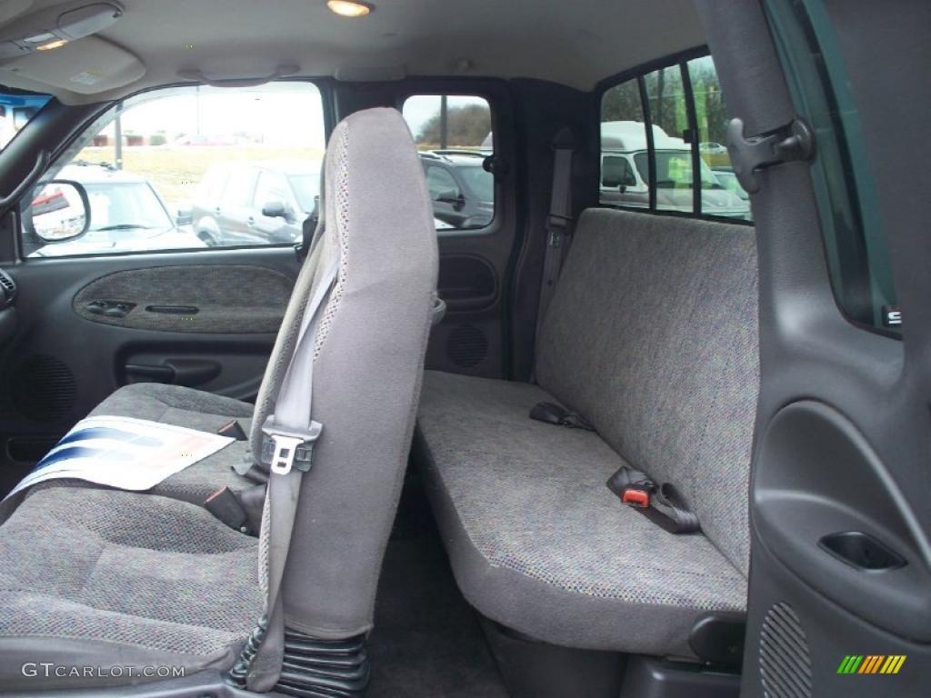 2001 dodge 2500 interior