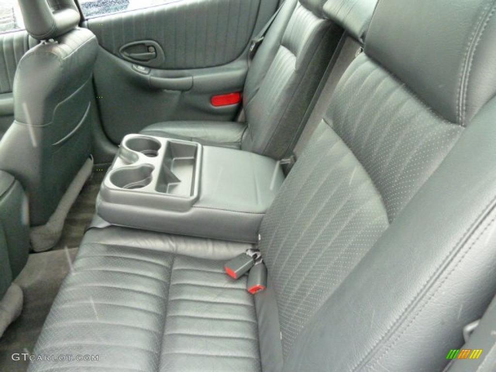 graphite interior 2003 pontiac grand prix gtp sedan photo 43465480
