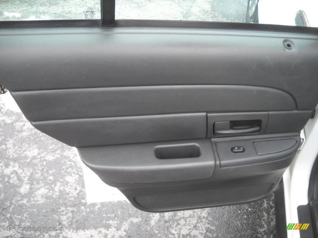 2004 Ford Crown Victoria Police Interceptor Door Panel Photos