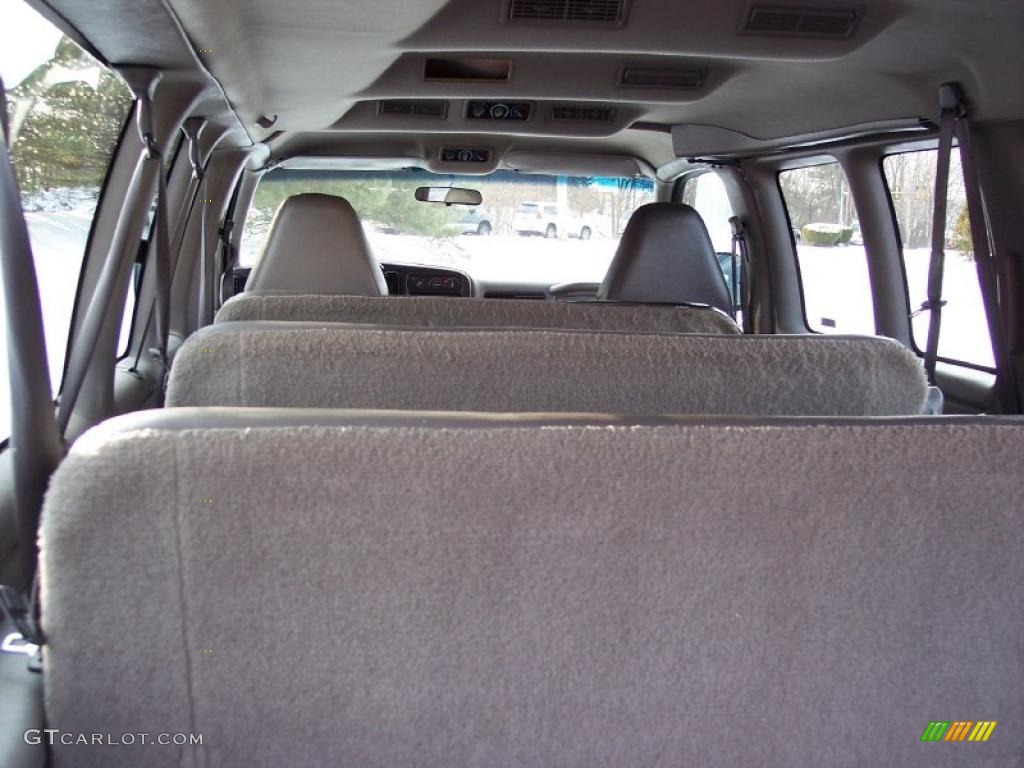 2001 chevrolet express 3500 ls extended passenger van interior photo 43570726