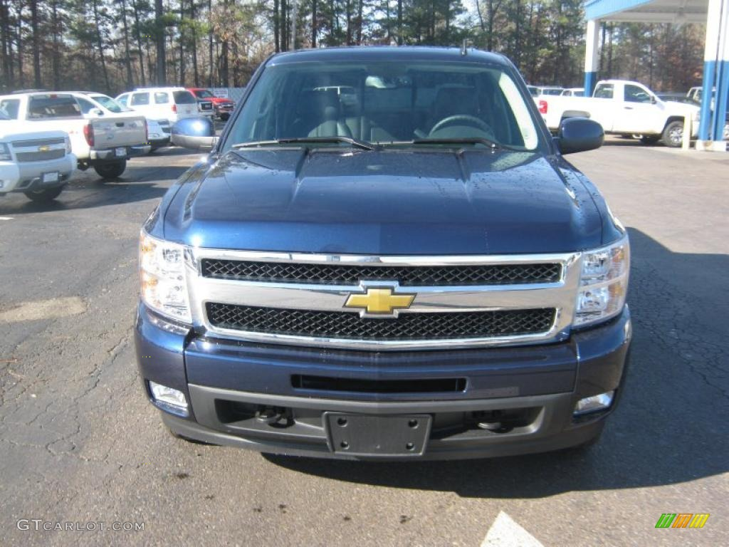 2011 Silverado 1500 LTZ Crew Cab 4x4 - Imperial Blue Metallic / Ebony photo #7
