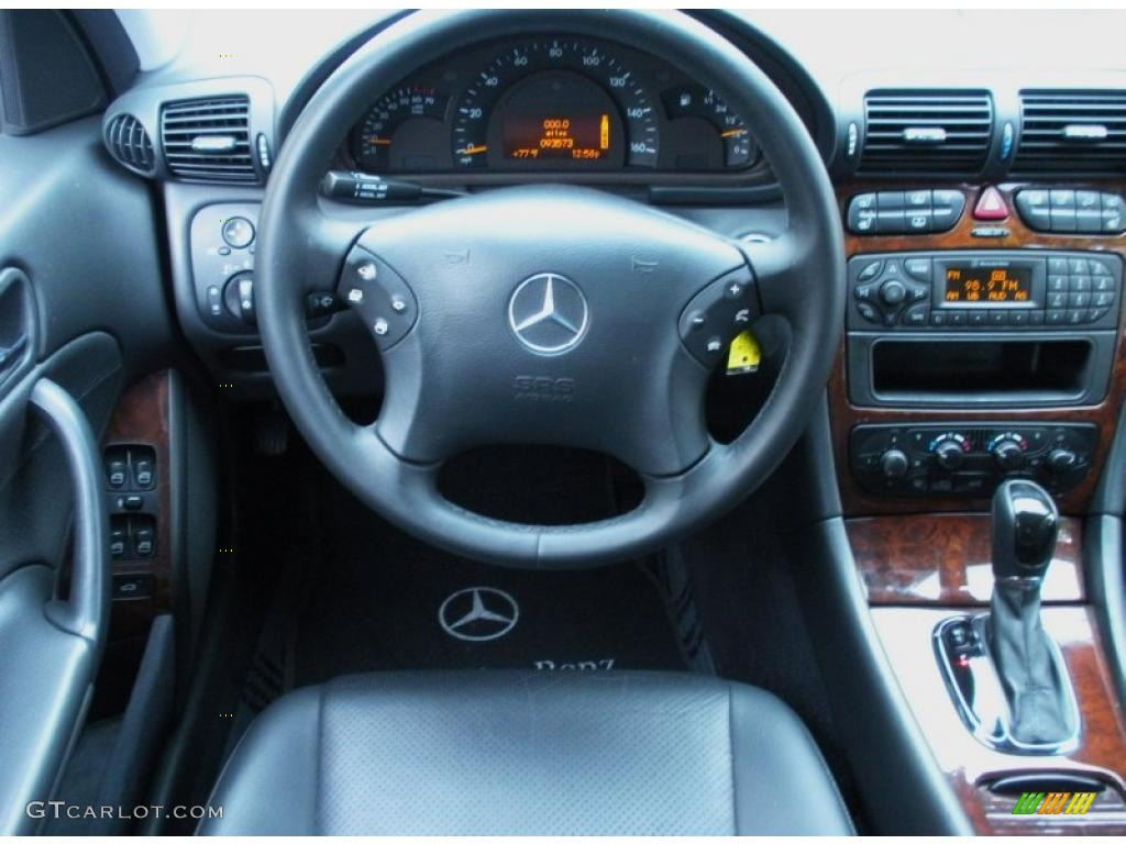 2001 Mercedes-Benz C 240 Sedan Dashboard Photos | GTCarLot.com
