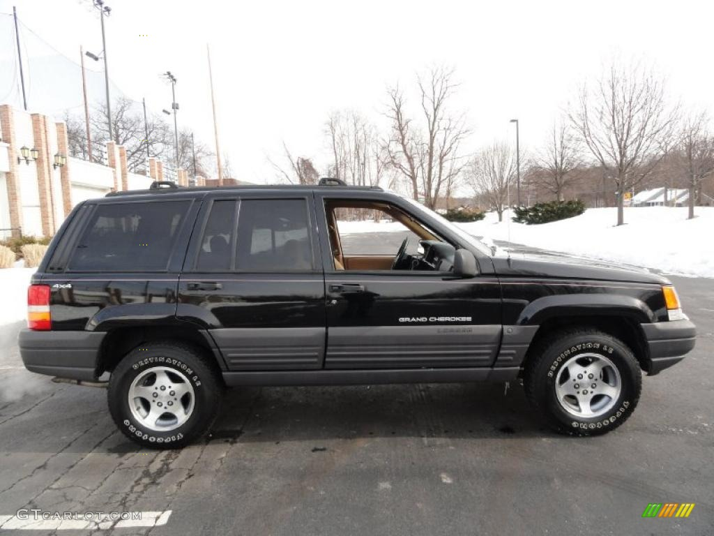 Delightful Black 1997 Jeep Grand Cherokee Laredo 4x4 Exterior Photo #43649343