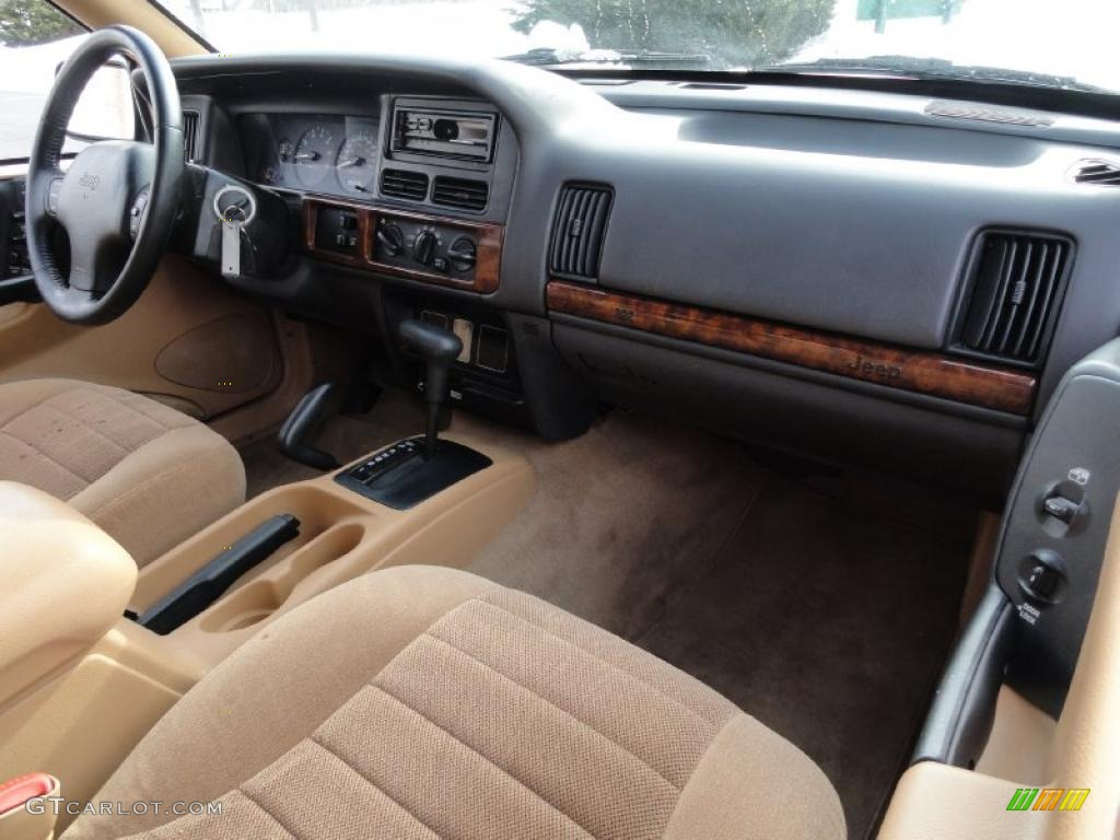 1997 Jeep Grand Cherokee Laredo 4x4 Interior Photo