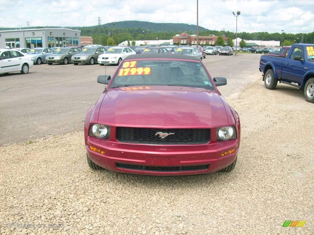 2007 Mustang V6 Deluxe Convertible - Redfire Metallic / Dark Charcoal photo #1
