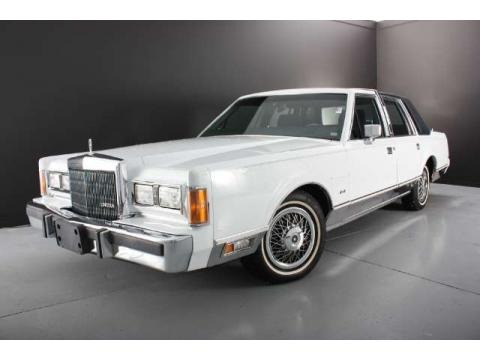 1989 lincoln town car data info and specs. Black Bedroom Furniture Sets. Home Design Ideas