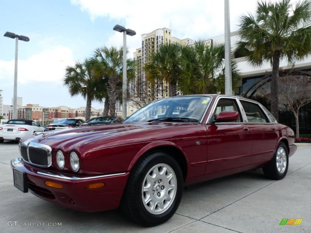 Carnival red 2000 jaguar xj xj8 exterior photo 43788810 for Jaguar xj exterior