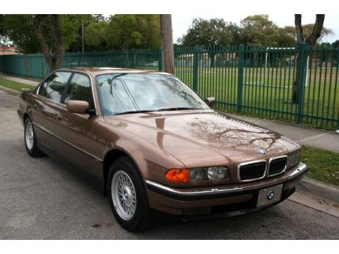 2000 bmw 7 series 740il sedan data info and specs. Black Bedroom Furniture Sets. Home Design Ideas