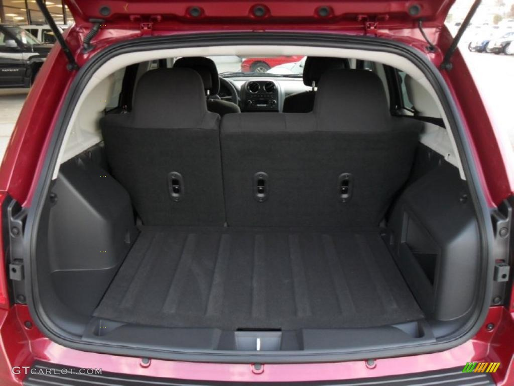 2011 jeep compass 2 4 latitude trunk photo 43795361. Black Bedroom Furniture Sets. Home Design Ideas