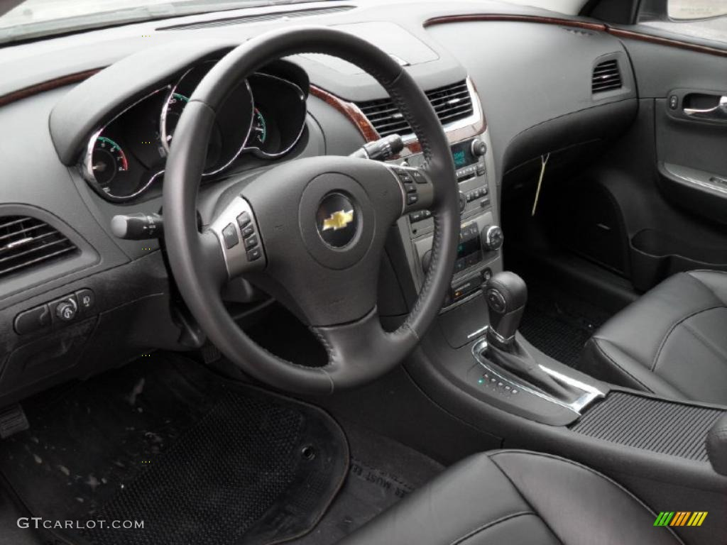 Captivating Ebony Interior 2011 Chevrolet Malibu LTZ Photo #43920538