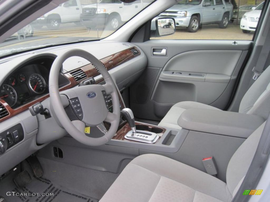 Pebble beige interior 2005 ford five hundred sel photo 43932236