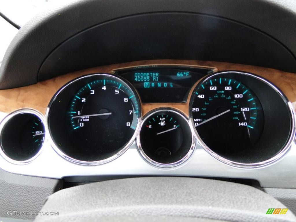 2008 Buick Enclave CX Gauges Photo #43937435