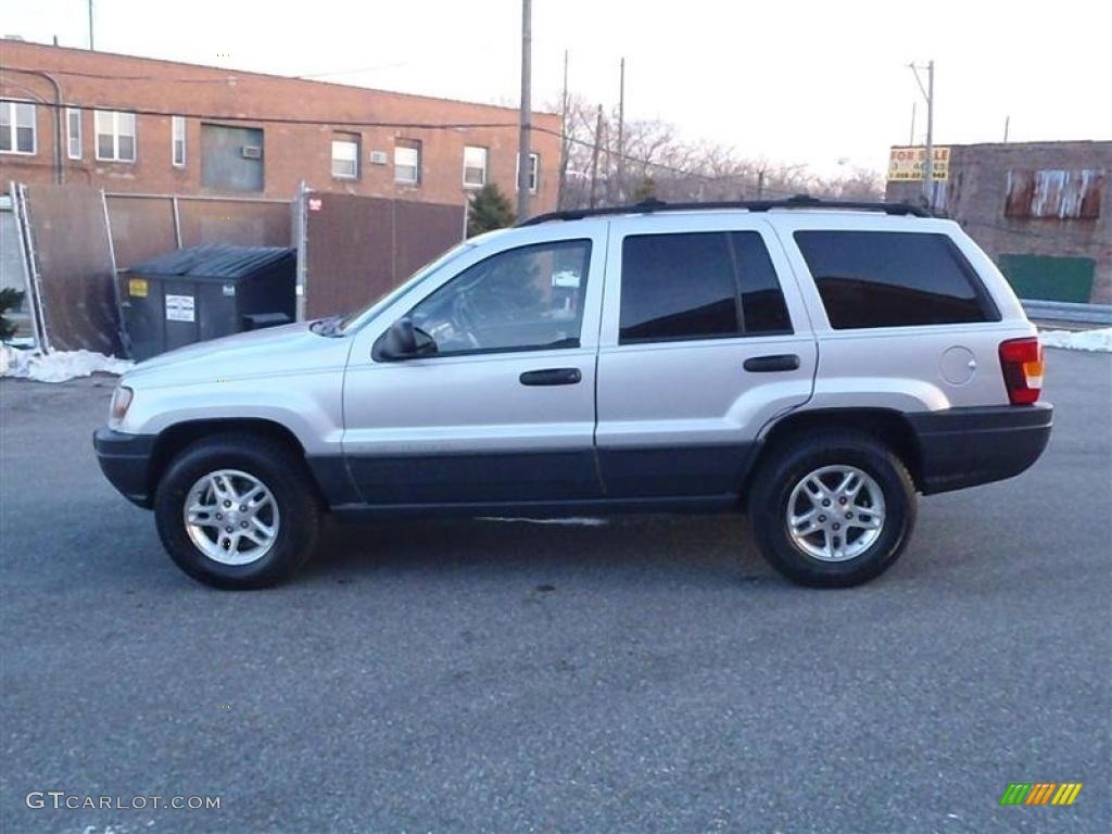 bright silver metallic 2003 jeep grand cherokee laredo 4x4 exterior. Cars Review. Best American Auto & Cars Review
