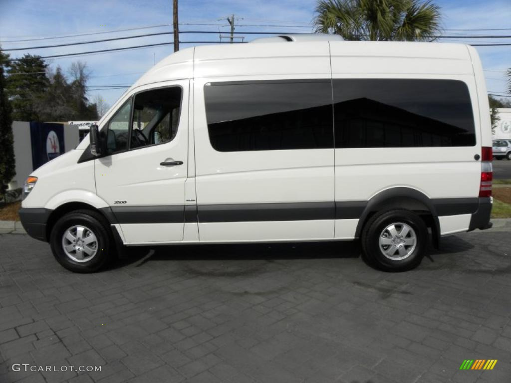 Arctic white 2011 mercedes benz sprinter 2500 high roof for Mercedes benz sprinter passenger