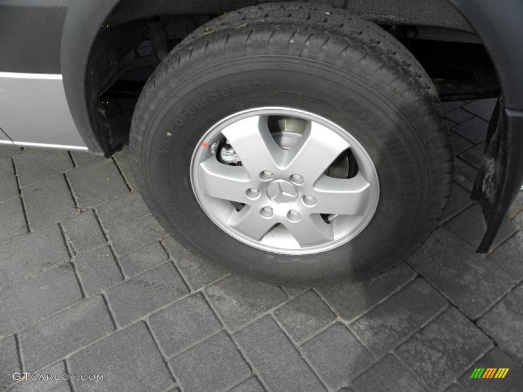 2011 mercedes benz sprinter 2500 passenger van wheel photo for Mercedes benz sprinter wheels