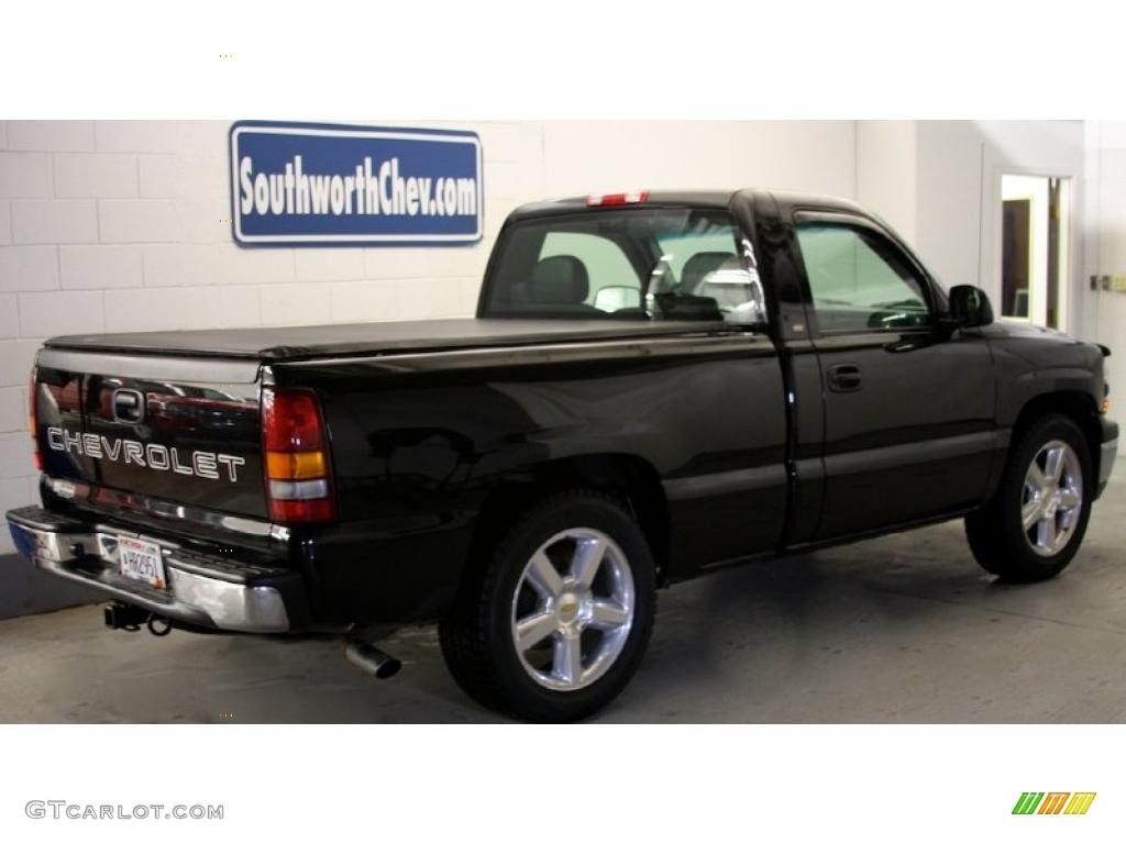 2002 Silverado 1500 LS Regular Cab - Onyx Black / Graphite Gray photo #1