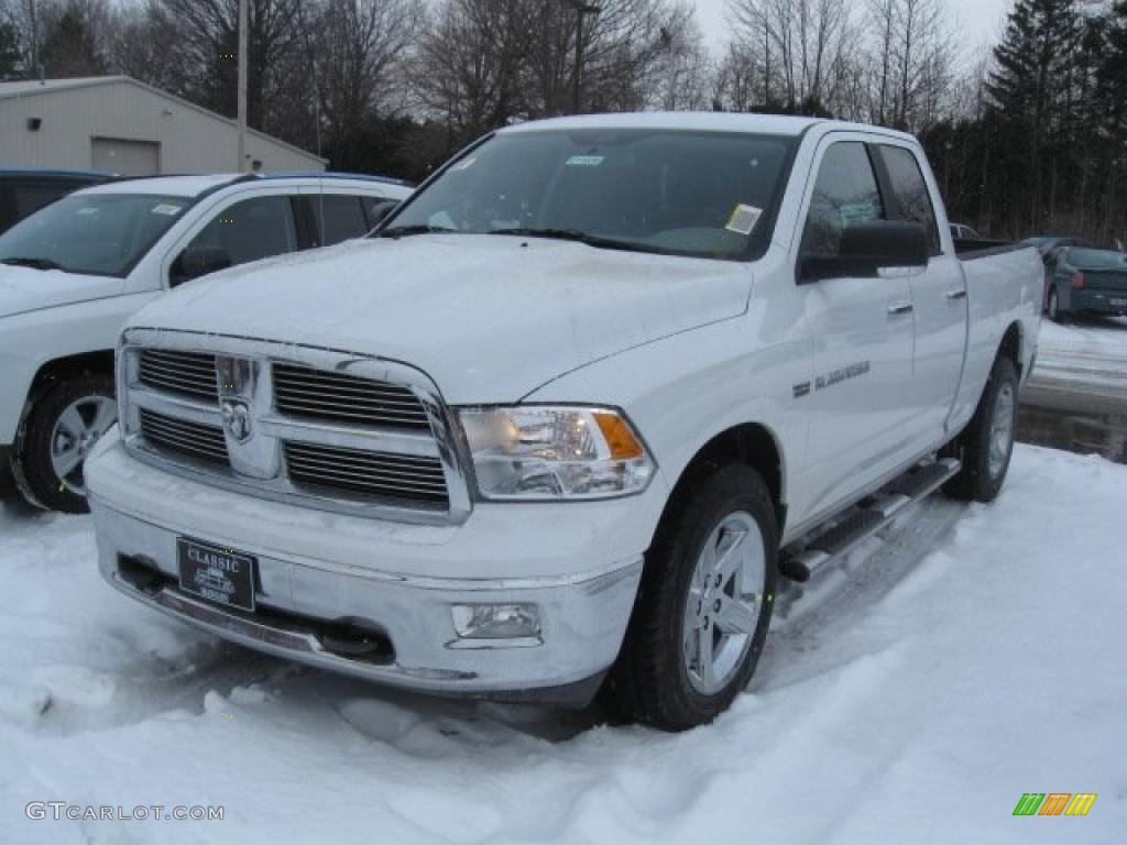 specifications 2011 dodge ram 1500 crew cab 4x4 laramie autos post. Black Bedroom Furniture Sets. Home Design Ideas