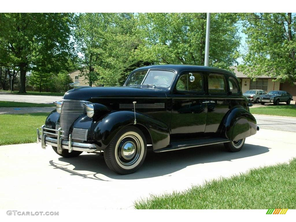 1939 black chevrolet master deluxe 4 door sport sedan for 1939 chevy 4 door sedan