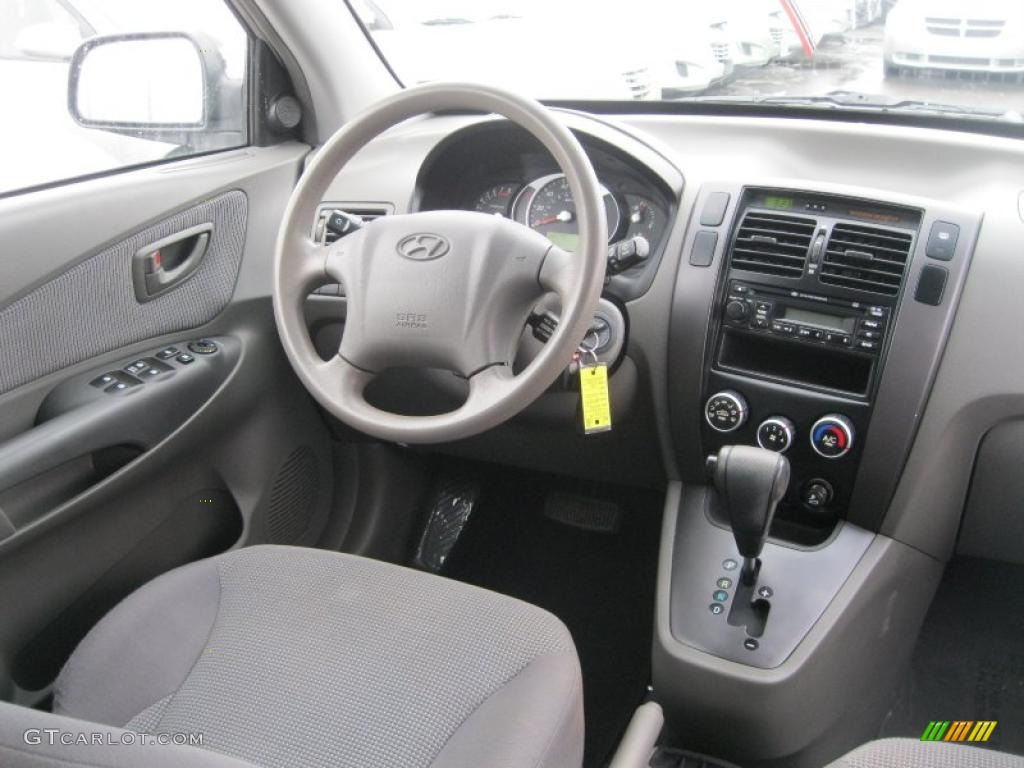 2006 hyundai tucson gl gray dashboard photo 44271660