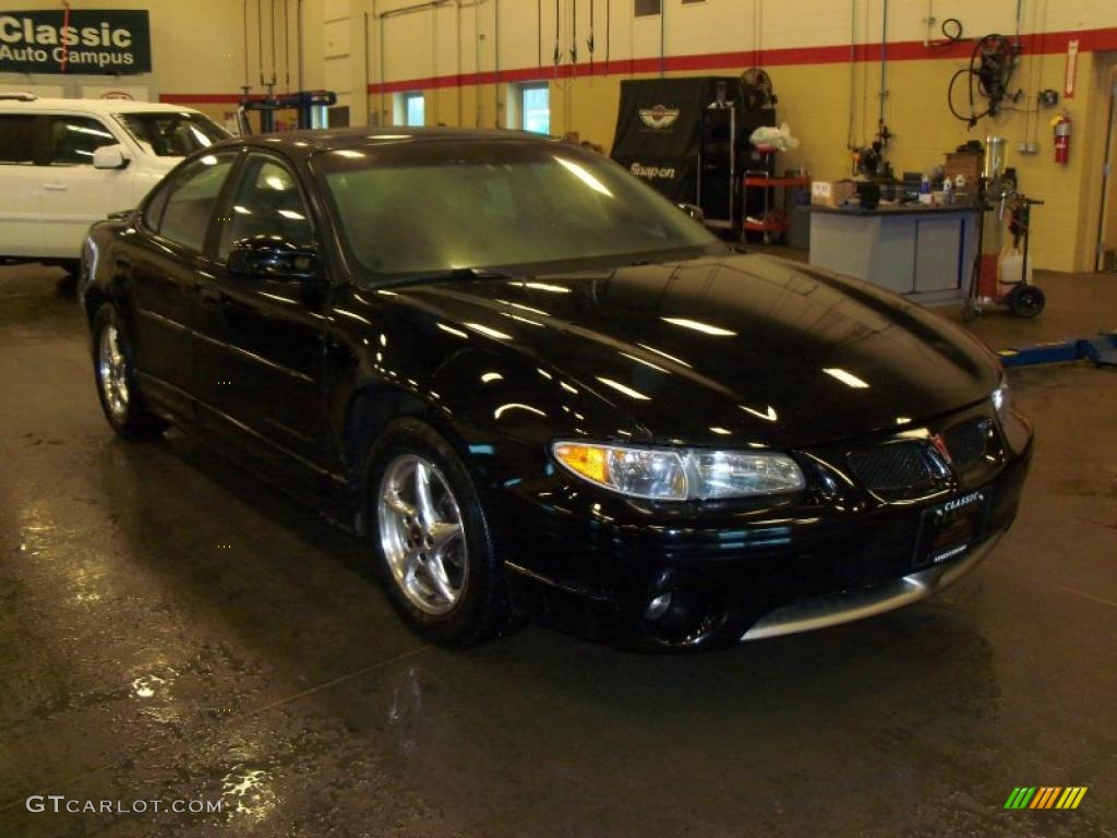 2002 black pontiac grand prix gt sedan 44316541. Black Bedroom Furniture Sets. Home Design Ideas