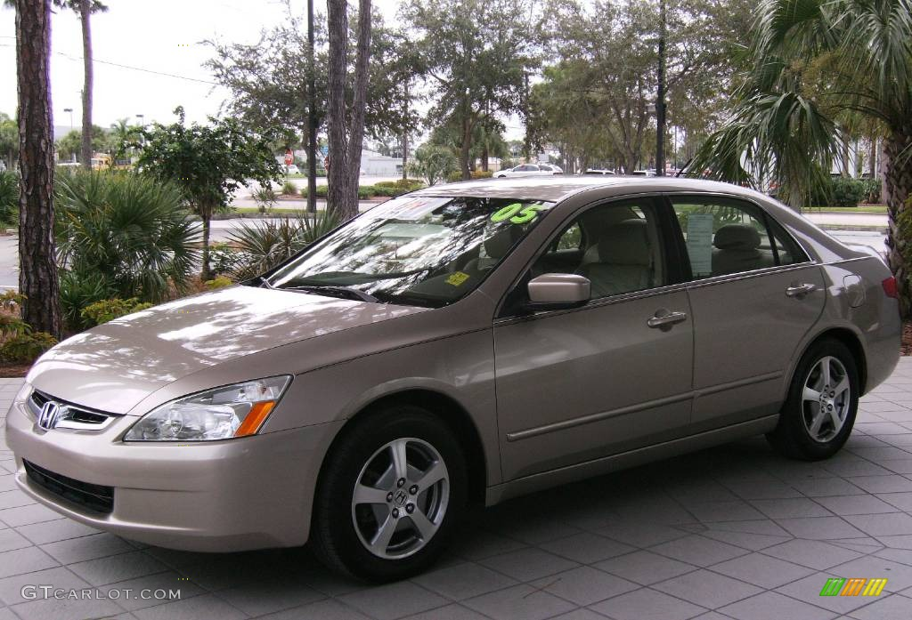 2005 Accord Hybrid Sedan Desert Mist Metallic Ivory Photo 1