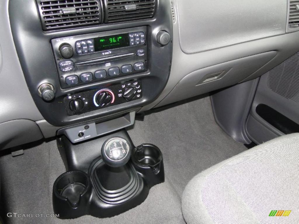 2002 Ford Ranger XLT Regular Cab 5 Speed Manual Transmission Photo