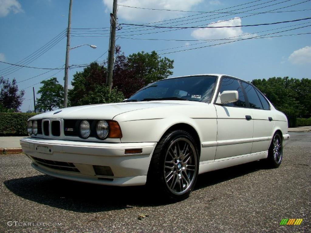 Alpine White 1991 BMW M5 Sedan Exterior Photo #44654567   GTCarLot.com