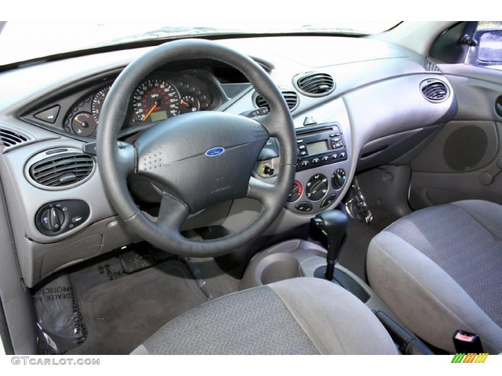 2001 ford focus zx3 interior jangan lupa persenannya. Black Bedroom Furniture Sets. Home Design Ideas