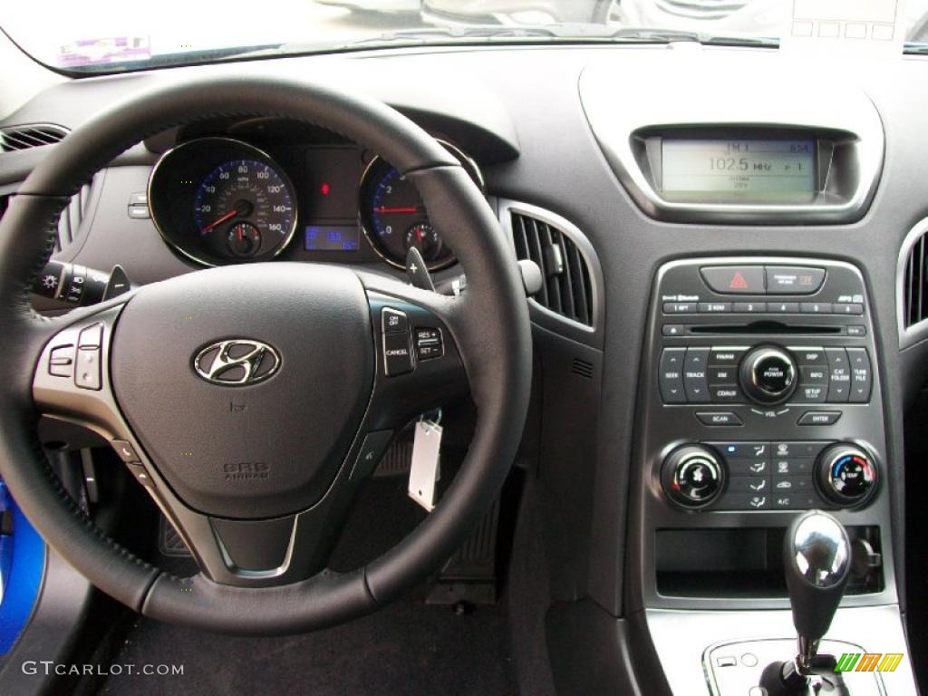 2011 hyundai genesis coupe 2 0t black cloth dashboard photo 44675371. Black Bedroom Furniture Sets. Home Design Ideas